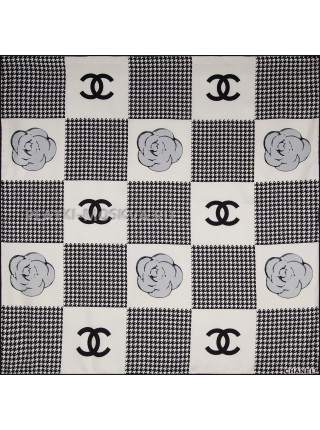 """Платок Chanel шелковый белый с черным """"Гусиная лапка"""" 1830-90"""