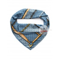 Платок брендовый шелковый голубой с ремнями 048